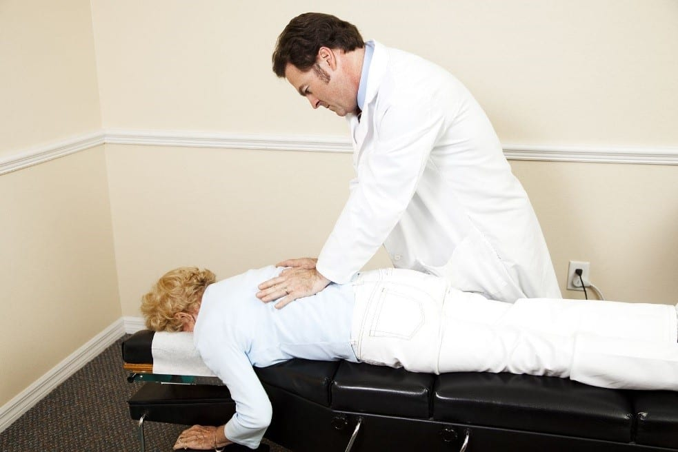 How a Chiropractor Can Help Treat Back Injuries for Construction Workers